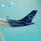 Lucht Transat A330-300 32cm Van het Bedrijfs vliegtuig van het 1:200 van de Schaal ModelGiften