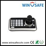 Teclado alejado de la palanca de mando 3D de la cámara con el regulador