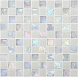 O mosaico de vidro preto Carrara para piso e parede de banheiro
