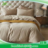 寝室のための快適な綿の慰める人の一定の女王