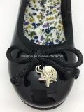 Красивейший ботинок платья девушки малышей с PU патента