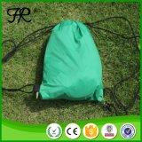 Groene Kleur die Opblaasbaar het Kamperen van de Lucht Bed vouwen