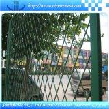 市民建物で使用される拡大された版の網