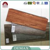 Plancher en plastique composé de PVC de planche en bois