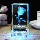 mestiere del cubo dell'incisione del laser a cristallo 3D per la decorazione di vetro del ricordo
