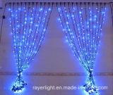 LEDの純カーテンは屋外のクリスマスの祝祭の装飾をつける