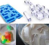 おかしいTetrisによって形づけられる台所製品のシリコーンの角氷の皿型