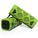 Altavoz portable de Bluetooth con el micrófono incorporado (verde)