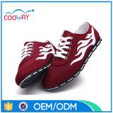 2016, le cadeau le plus neuf des chaussures des hommes dans la production de la Chine