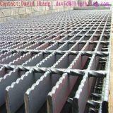Grating van het Staal van de Industrie van de hete ONDERDOMPELING Gegalvaniseerde voor Ladder en Geul