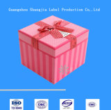 El rectángulo acanalado de /Carton del rectángulo/acanaló el rectángulo de regalo