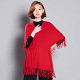 女性は作るビスコース編まれた冬のフリンジのセーターのティー(YKY2058)を