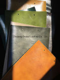 Le cuir de PVC de Microfiber de cire de pétrole pour le sofa/meubles/portée de sac/véhicule a couvert