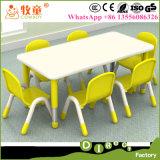 O material de madeira colorido de HDF caçoa 1 tabela com 6 cadeiras, cadeiras de tabelas de madeira para a venda