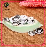 Le bouton neuf du pardessus 4holes de modèle on classent le bouton de chemise
