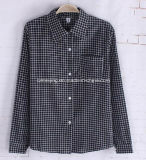 Camisa de algodón negra del `S de las mujeres de la tela escocesa