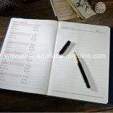 Diario de cuero del diseño del cuaderno de la composición