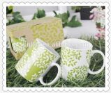 Tazas de té de cerámica a granel baratas calientes de la venta 11oz con el rectángulo de regalo