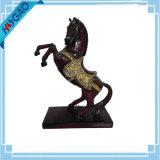 切り分けられるまれな樹脂の馬の彫像の絶妙で古い東洋の中国のハンドメイド