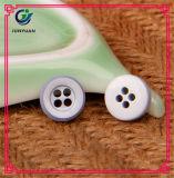 Qualité colorée de bouton de chemise d'enfant d'aperçu gratuit bonne