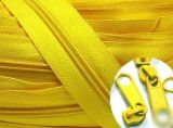 Zipper de nylon da alta qualidade, Zipper de nylon por atacado de China para vestuários
