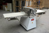 Modelo pintado bom preço máquina de Sheeter da massa de pão de 520 milímetros para a padaria do Croissant