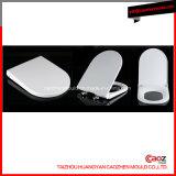 高品質のプラスチック/Flushのトイレ・カバー型