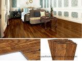 Tuile de luxe gravante en relief en bois de planche de plancher de PVC de vinyle