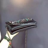チェーンストラップが付いている標準的なPUのクラッチの財布の夕方のメッセンジャー袋