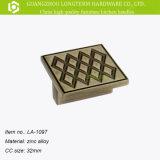 Античная тяга кухонного шкафа Cc 32mm Zamak квадрата