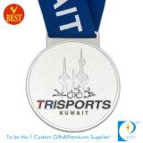 Médaille d'argent personnalisée par OEM de récompense du Kowéit Trisports