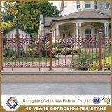 やりの上の装飾用の家の塀デザイン