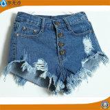 Джинсовая ткань горячего способа голубая замыкает накоротко краткости джинсыов женщин вскользь
