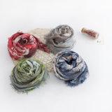 女性は作る花の印刷されたビスコーススカーフ(YKY1126)を