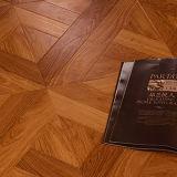 Ménage et plancher commercial de stratifié de bois d'ébène de Prague