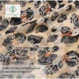 Heiße Verkaufs-Dame Fashion Voile Scarf mit Leopard-Punkt gedruckter Fabrik