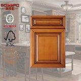 Parti anteriori del portello di Cabient della cucina di legno solido di alta qualità (GSP5-015)