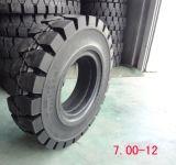 Chinesische Gabelstapler-Gummireifen der Qualitäts-700X12 industrielle feste