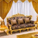 De koninklijke Gouden Houten die Bank van het Meubilair van de Woonkamer voor de Hal van het Hotel wordt geplaatst