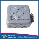 電流を通された鋼鉄電気配電箱