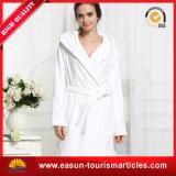 高品質の100%年の綿のホテルの柔らかさの切口の山の浴衣