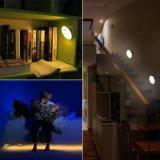 Diseño de la humanización Luces rotatorias de 360 grados de la noche del LED con el sensor de movimiento dual, luz recargable sin hilos de la pared USB