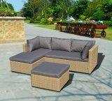 Double extérieur de meubles de jardin de patio à moitié autour du sofa en osier de rotin (J713KD)