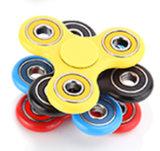 세라믹 608 품는 까만 백색 녹색 노란 빨간색을%s 가진 최신 판매 EDC 싱숭생숭함 손 방적공