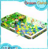 Fördernder fantastischer weicher Innenplastikspielplatz für Kinder