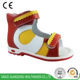Здоровье фиоритуры ортоое обувает ботинки цветастых малышей протезные