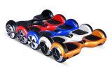 Zwei Rad-Selbst, der elektrischen Roller balanciert
