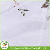Tissu à carreaux brodé sur mesure en polyester