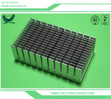 Pièces usinées par commande numérique par ordinateur en aluminium de précision de tolérance élevée d'approvisionnement en métal bon marché d'acier inoxydable à Shenzhen