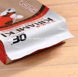 애완 동물 먹이를 위로 서 있는 플라스틱은 개밥 부대를 자루에 넣는다